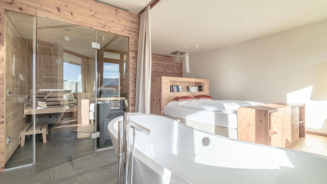 awesome suite nidum hotel seefeld. Black Bedroom Furniture Sets. Home Design Ideas