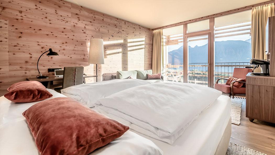 Milf bongae bedroom
